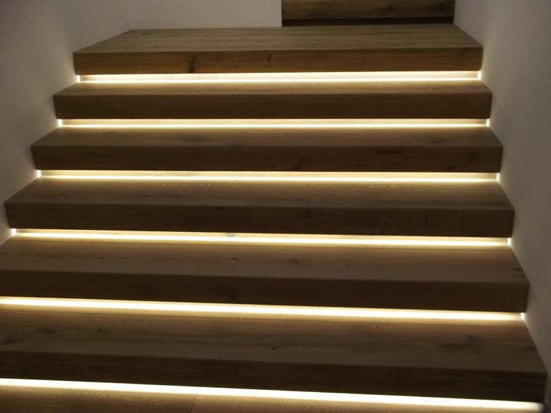 Casa domotica veneto impianti elettrici speciali - Illuminazione scale a led ...